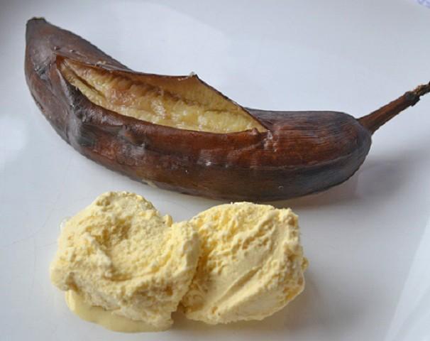 vanille-grillbananen-mit-vanilleeis.jpg
