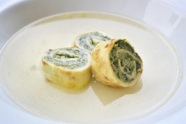 spinat-palatschinken-fuer-suppe.jpg