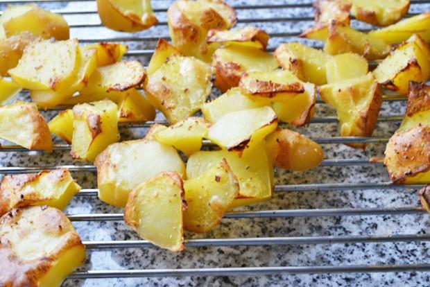 knusprige-bratkartoffeln-aus-dem-ofen.jpg