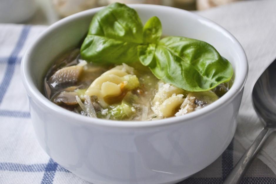 champignonsuppe-mit-nudeln-und-worcestershiresauce.jpg