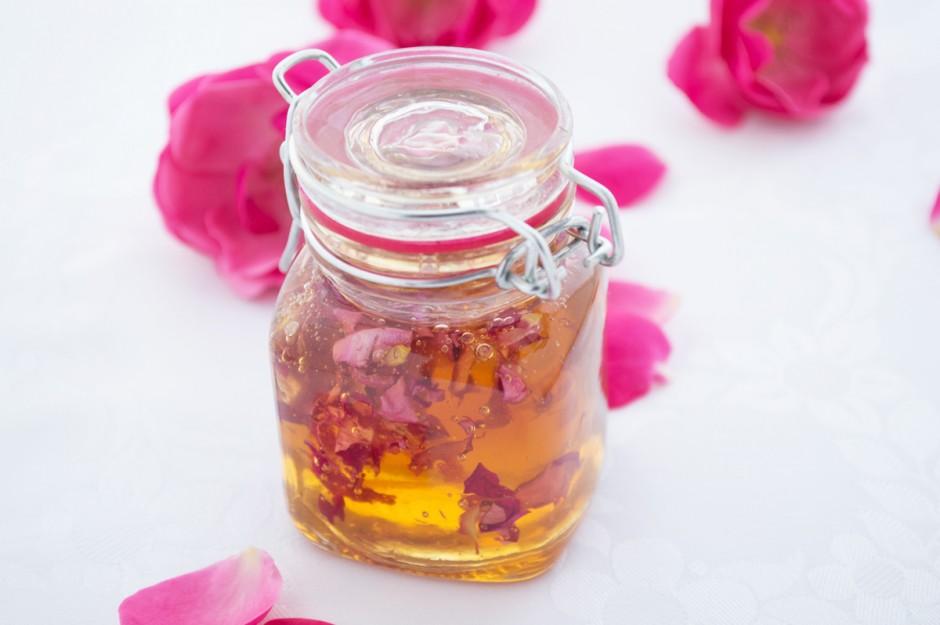 rosenblaetterhonig.jpg