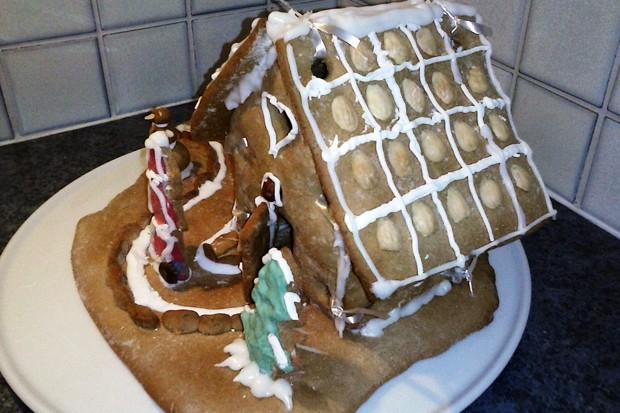 Einfaches Lebkuchenhaus