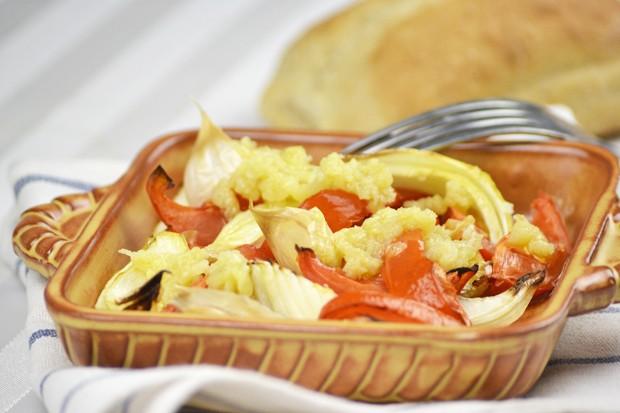 gebackene-tomaten-mit-knoblauchdressing.jpg