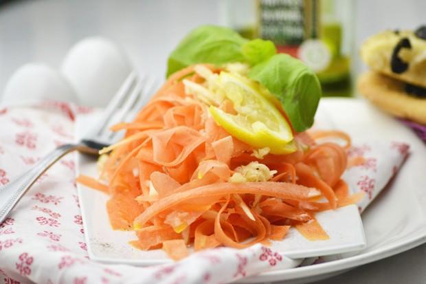 apfel-karotten-salat.jpg