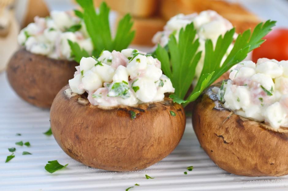 gefuellte-champignons-mit-schinken-senf-mousse.jpg