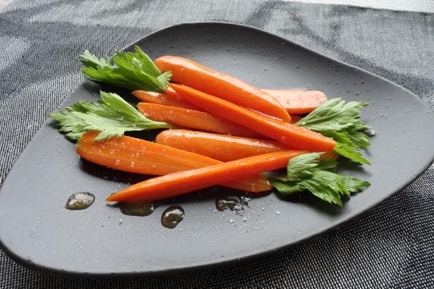 Glasiert Karotten