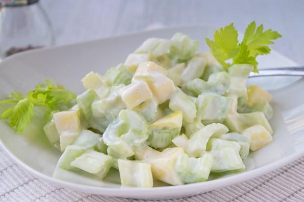 Stangensellerie-Salat