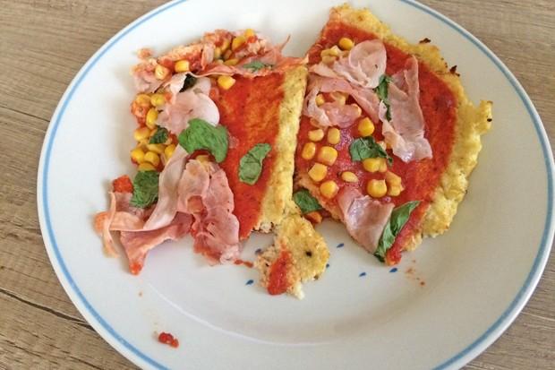 Paleo-Karfiolteig-Pizza