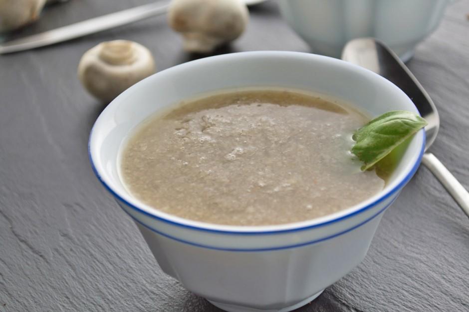 leichte-champignonsuppe.jpg