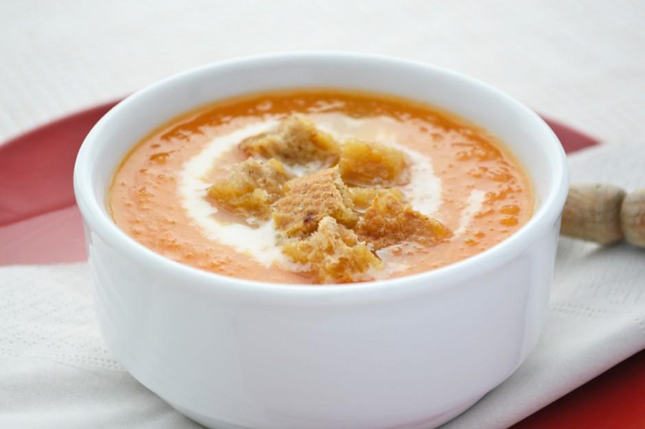 karottensuppe-mit-ingwer-und-kokos.jpg