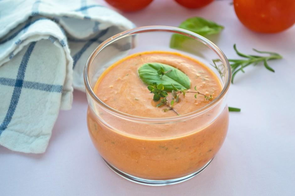 tomaten-kraeutersuppe.jpg