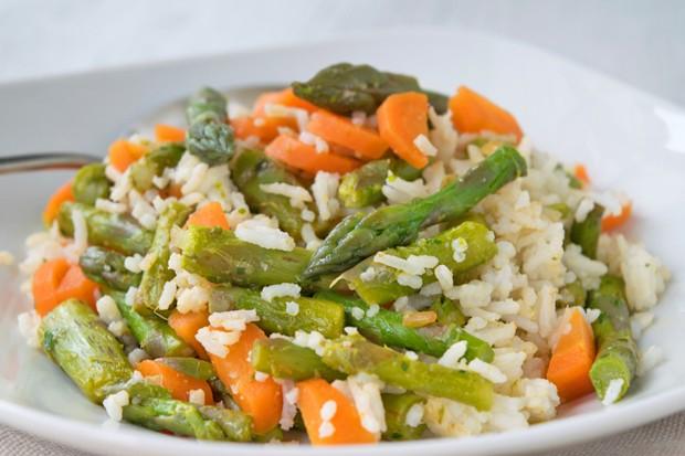 Karotten-Spargel Reispfanne