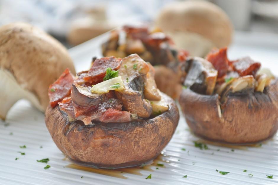 wuerzig-gefuellte-champignons.jpg