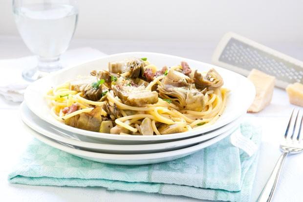 Spaghetti mit Artischockensauce