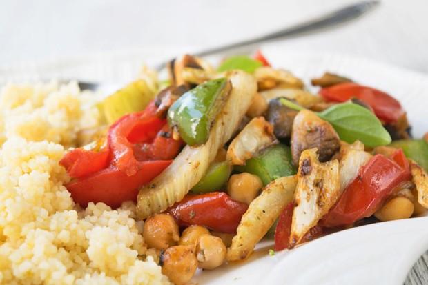 Geröstetes Gemüse mit Kichererbsen