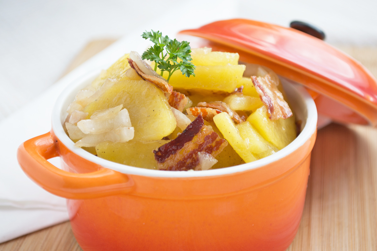 deftiger-speck-kartoffel-salat.jpg