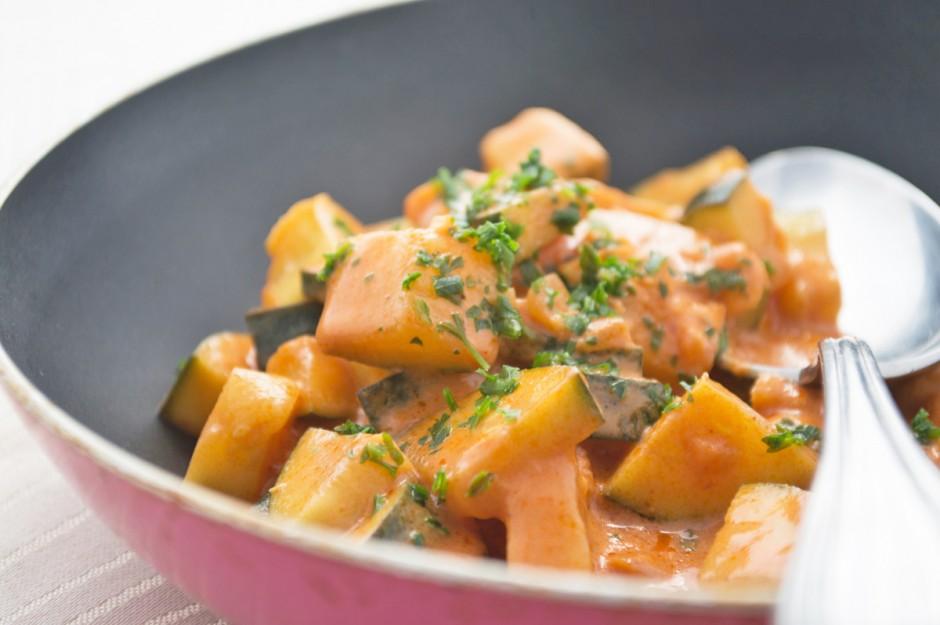 tomatisiertes-zucchinigemuese.jpg