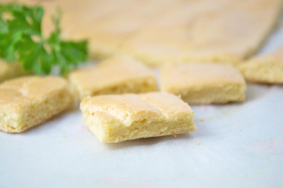 biskuit-wuerfeln.jpg