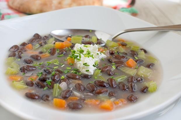 Scharfe Bohnensuppe