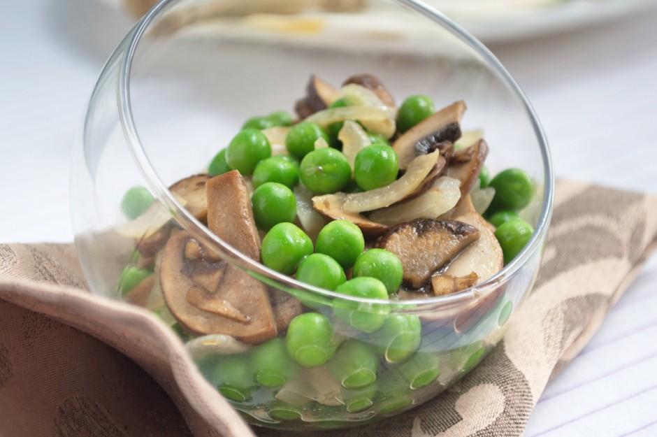erbsen-pilz-salat.jpg