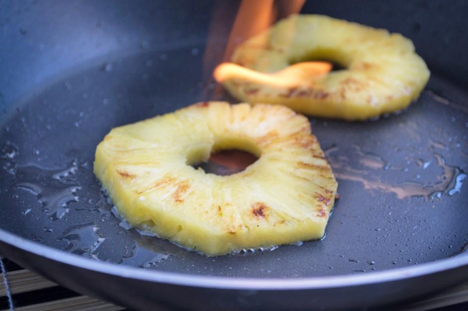 flambierte-ananas.jpg