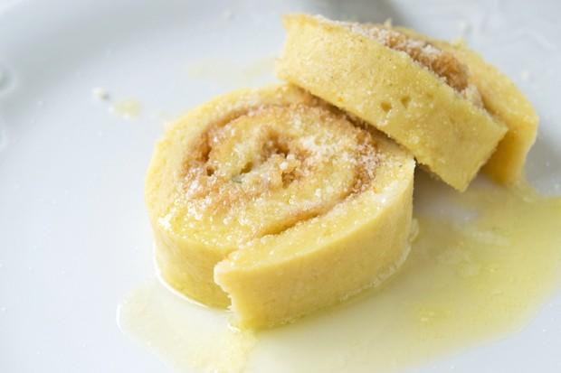 Gefüllte Kartoffel-Ricotta-Roulade