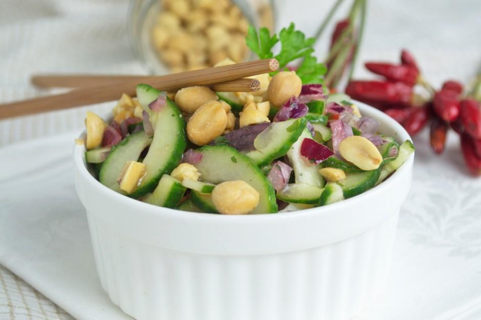 chili-erdnuss-gurkensalat.jpg