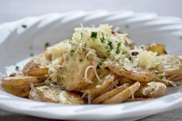 Bratkartoffel mit Käse