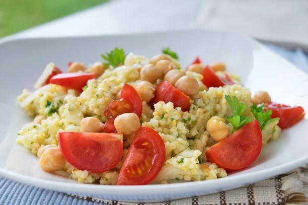 Kichererbsen-Hirse-Salat