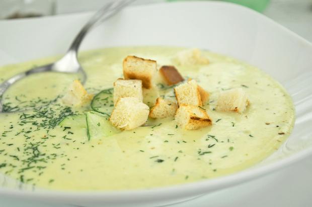 Topfen-Gurken-Suppe