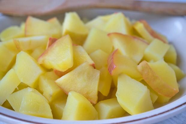 Kartoffeln mit Äpfel