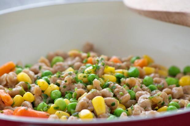 Gemüse mit Dinkel-Spätzle