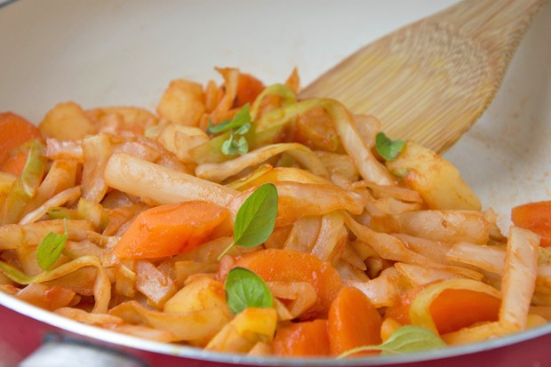 Gemüse-Pfanne mit Schwarzwurzeln