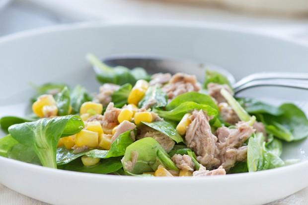 Vogerlsalat mit Thunfisch