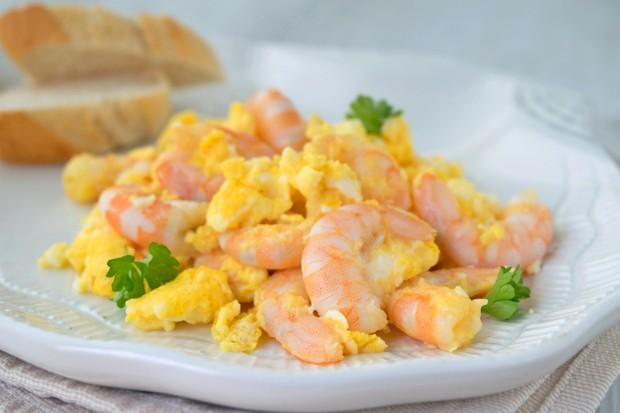 Eierspeise mit Shrimps