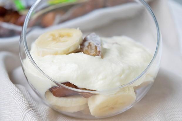 Bananencreme mit Datteln
