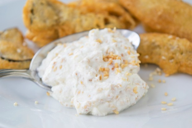 Joghurt-Sesam-Sauce