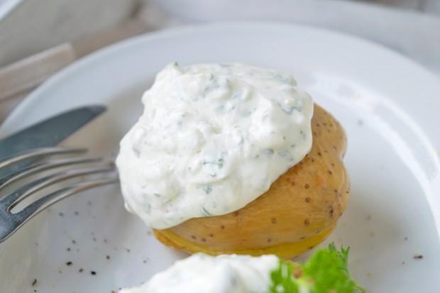 Kräuter-Joghurt-Sauce