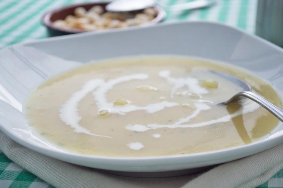 kartoffelsuppe-mit-aepfel.jpg