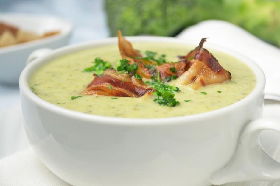 brokkolicremesuppe-mit-speck.jpg