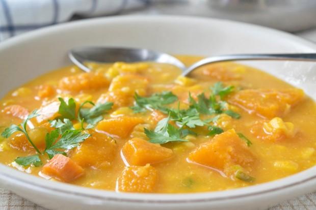 Maiseintopf mit Süßkartoffeln