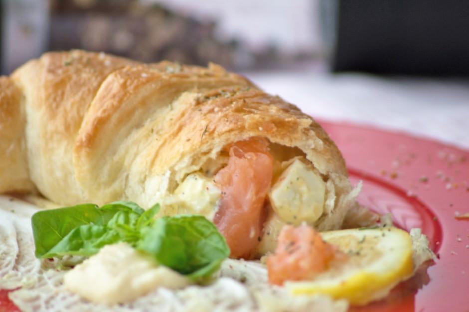 croissants-mit-lachs-krenfuelle.jpg