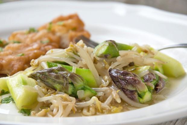 Spargel-Sprossen-Gemüse