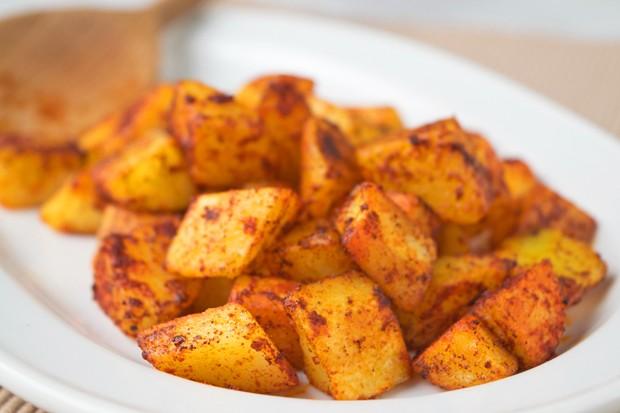 Rote Kartoffelwürfel