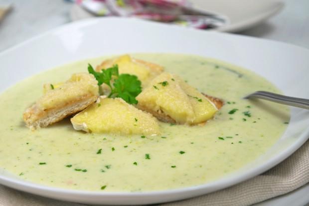 Broccoli-Sauerrahm-Cremesuppe