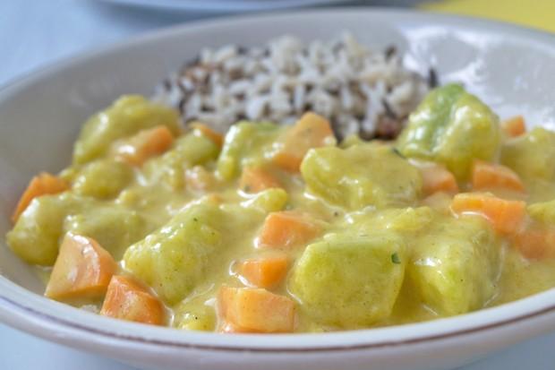 Kürbis Curry mit Thai Basilikum