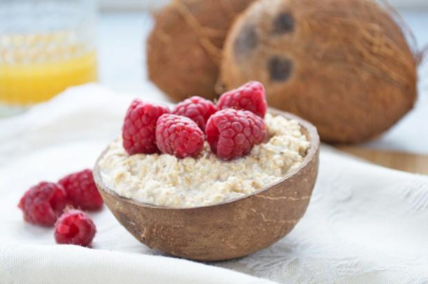 Kokos-Himbeer Porridge