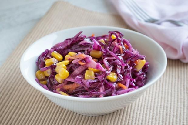 Rotkraut-Karottensalat