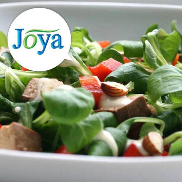 Feldsalat mit Räuchertofu