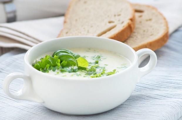 Kräuterkäse-Suppe